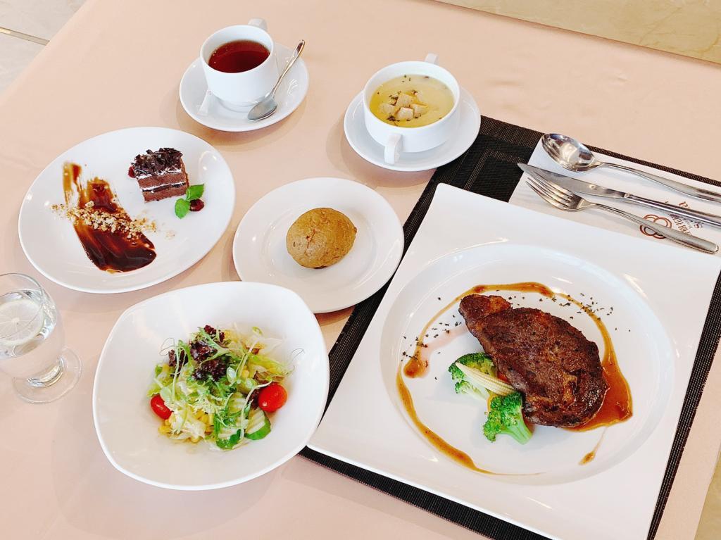 外帶 台北-香樹花園酒店(綠園西餐廳)  炙燒美國沙朗牛排套餐券